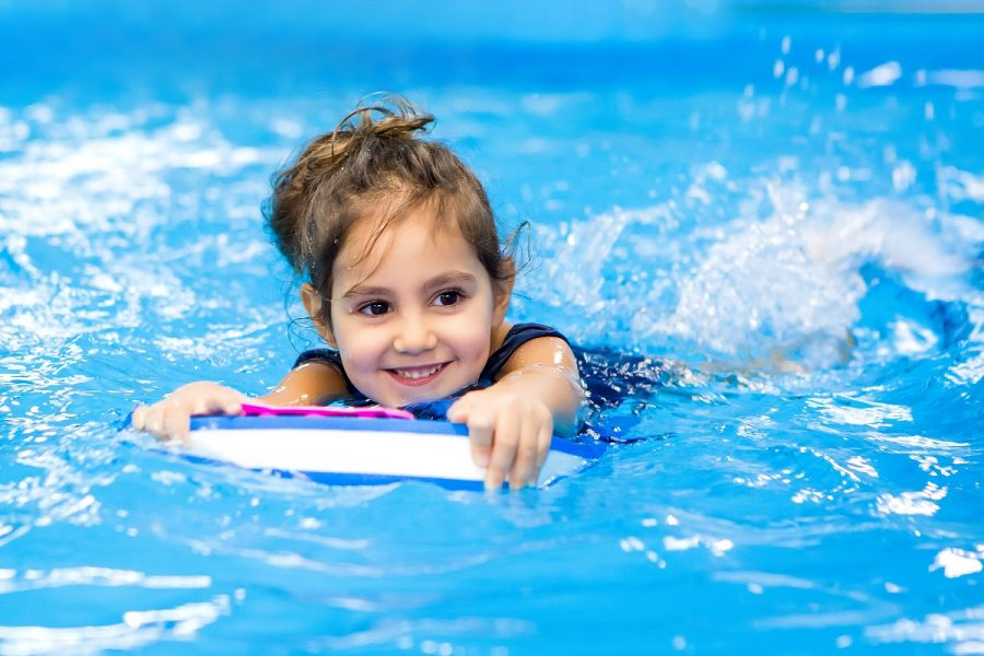 How-to-Plan-the-Best-Hotel-Swimming-Pool-Party-for-Kids